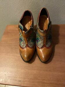 L'Artiste Spring Step Womens Red  Brown Leather Booties Raina 40 SIZE 9.5