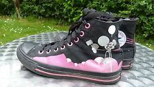 Converse black patterned 8 eyelet baseball boots size 7  (c30)