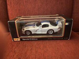 Maisto Special Edition White Dodge Viper GTS-R 1997 1:18 Diecast