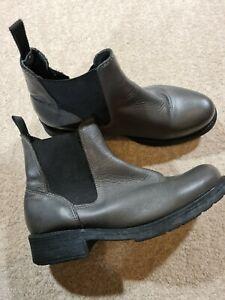 Marta Jonsson Grey Leather Chelsea Boots Size 40