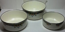 Lincoware nesting enamelware bowls 3 increasing sizes. Simple design