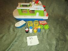 VTG Fisher Price Little People play family House Boat 985 grill boat dog mom E