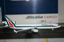 Gemini Jets 1:400 Alitalia Cargo Mcdonnell Douglas MD-11F EI-UPE (GJAZA935)