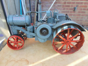 Collectible Farmers Interest Vintage Titan Model Tin Plate Tractor
