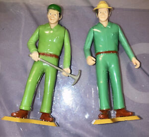 Vintage 2 Tonka Smokey The Bear Park Rangers Workers Action Figures on base