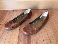 Ecco Women's  Cognac Shiny Embossed Leather Studded Flats Sz EU 39 (US 8 8.5)