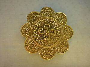 Antique Sino-Tibetan 19th century 8-lobbed Dragon Brass Box