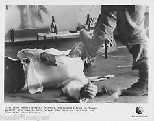 ORIGINAL 1982 PHOTO-JOHN WYMAN-TUXEDO WARRIOR-FIGHTING OFF AN ATTACK-THIEVES