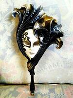 Nuvena - Maschera veneziana indossabile di carnevale in ceramica e cuoio
