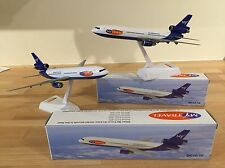 2 MODEL AIRCRAFT (2 MYTRAVEL AIRWAYS (AIRTOURS THOMAS COOK) DOUGLAS DC10'S £9.99