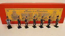 Música En Miniaturas Banda Central R.a.f. En Caja (bs498)