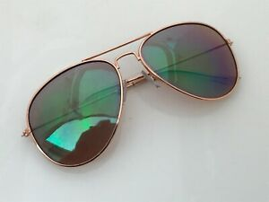 Old Navy Women Sunglasses Gold Tone Metal Frame Aviator Ladies Eye Wear