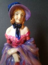 RARE Nearly 100 yrs Old Royal Doulton Figurine 'A VICTORIAN LADY' hn728 MINT Con