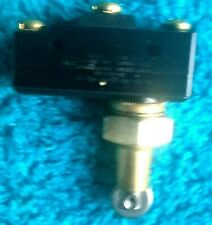 HONEYWELL ROLLER PLUNGER STYLE MICRO LIMIT SWITCH, >>>>NEW / Old STOCK<<<<