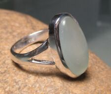 925 sterling silver oval pale chalcedony ring UK M½-¾/US 6.75. Gift bag.