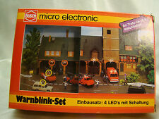 Construction Site - Warning Barriers with flashing lights - N scale
