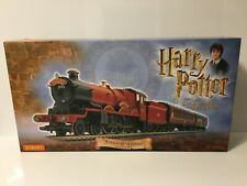 Hornby R1033 OO Gauge HARRY POTTER AND THE CHAMBER OF SECRETS TRAIN SET