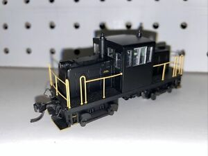 Bachmann Spectrum GE 45-Ton Switcher DCC, Painted Unlettered - New