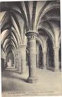 50 - cpa - LE MONT ST MICHEL - L'abbaye - La Salle des Chevaliers