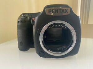 Pentax 645Z with low shutter count + 3 lenses