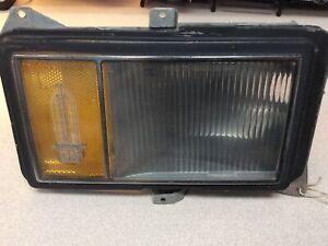 Cadillac Deville Fleetwood Left Driver Turn Signal Light Lamp 5968371, 1977-1979