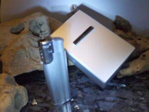 Zigaretten Box Dose Etui im deluxe Alu Design plus ein Sturm Feuerzeug Sparset