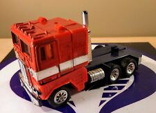 TRANSFORMERS G1 OPTIMUS PRIME 1984 HASBRO