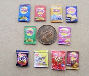 1:12 Scale 5 Packets of Mixed Assorted Crisps Tumdee Dolls House Miniature Pub