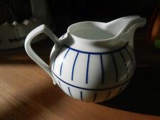 """passend zum Teeservice von """"Clou&Classic-blue"""":Sahnekännchen;Porzellan,weiß-blau"""