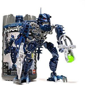 LEGO Bionicle Piraka 8902: Vezok w/ Canister & Instructions