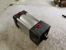 "New Wabco Pneumatic Cylinder 3"" Bore x 3"" Stroke 3/8"" Npt Ports 1"" Rod Dia"