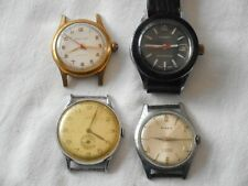 Lot de quatre montres homme mécanique à restauré ou pièces