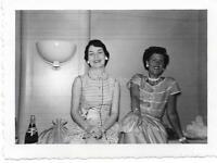 1950's Vintage FOUND PHOTOGRAPH Women bw FREE SHIPPING Original Snapshot 911 15