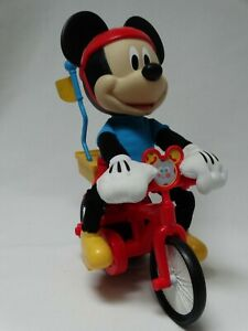 2015 Fisher Price Mattel Mickey Mouse Riding Bike Silly Wheelie CJF04 +Batteries