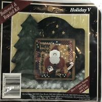 Mill Hill Holiday V Here Comes Santa Cross Stitch Kit Glass Beads Rare OOP (55)