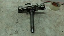 89 Suzuki GS500E GS500 GS 500 E Lower Bottom Triple Tree Fork Shock Clamp