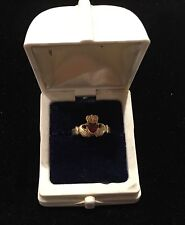 Claddaghl Irish Friendship Ring 14k Gold with Red Heart Garnet