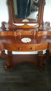 Antique mahogany dressing table