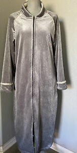 CABERNET RARE Silver Gray Velour Sherpa Fleece lined ZIP UP ROBE large