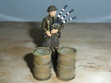 1/32 SCALE SOLID RESIN DESERTISED OIL DRUMS HAND PAINTED FOR DIORAMAS 2 PACK