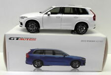 Modellini statici di auto, furgoni e camion bianchi in plastica per Volvo