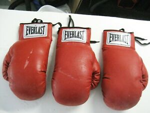 Everlast 10 oz Autograph Boxing Gloves Lot of 3
