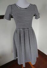 LULAROE AMELIA dress size S (6-8) black/white stripes, pockets, USA made