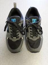 DC Shoe Co.black/gray/blue skateboarding shoes. Men's 8
