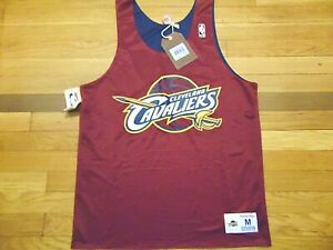 MITCHELL & NESS NBA HWC CLEVELAND CAVALIERS REVERSIBLE PRACTICE JERSEY SIZE M