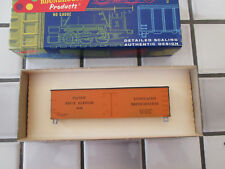 roundhouse Pacific Fruit Express reefer car Ho scale