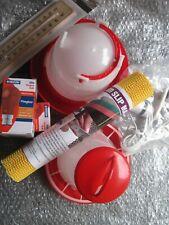 Chick Brooder Starter Kit .1.5 Litre Drinker & 1 KG Feeder, 2 bulbs, lamp, term