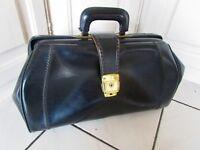 ancien sac professionnel-valise-sacoche de médecin en skaî noir-vintage 1970