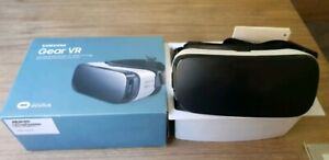 Samsung VR Oculus headset in great condition