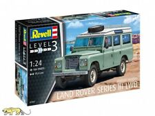 Revell 07047 Land Rover Series III LWB - Station Wagon - 1:24